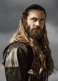 Clive Standen as Rollo, History Channel's Vikings Vikings Travis Fimmel, Vikings Ragnar, Vikings Tv Series, Vikings Tv Show, Viking Men, Viking Warrior, Lagertha, Wallpaper Vikings, Hd Wallpaper