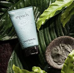 Come face-to-face with nature and leave your skin feeling fresh and renewed every time you wear Glacial Marine Mud. Marine Mud Mask, Glacial Marine Mud, Aquamarine Colour, Benzoic Acid, Me Time, Happy Skin, Beauty Magazine, Epoch, Dead Skin