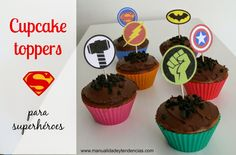 #Cupcake toppers de superhéroes gratis www.manualidadesytendencias.com #freebies #printables #imprimibles