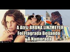 Veja a atriz Bruna Linzmeyer beijando sua namorada em plena praia...