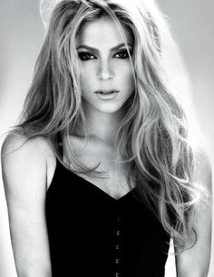 I love shakira sIthe is awesome. Its great to able to go to her concerts.