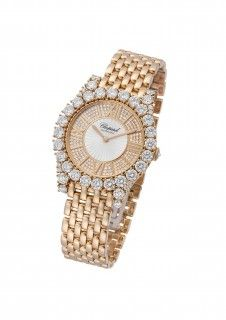 Chopard Watch - L'HEURE DU DIAMANT ROUND AUTOMATIC- Generous curves adorned with a dazzling array of diamonds make this L'Heure du Diamant self-winding mechanical watch in 18k rose gold and diamonds a luxuriously feminine timepiece. Beautifully crafted, the round guilloché and diamond dial with Roman numerals sits within a diamond-set bezel that rests on a gold bracelet. A luminous display of elegant luxury that is perfectly Chopard.
