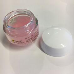 On Wednesdays We Wear Pink: Garnier SkinActive Moisture Rescue Refreshing Gel-Cream Garnier Skin Care, Night Routine, We Wear, Take Care Of Yourself, Beauty Skin, Body Care, Bath And Body, Spring Fashion, Moisturizer