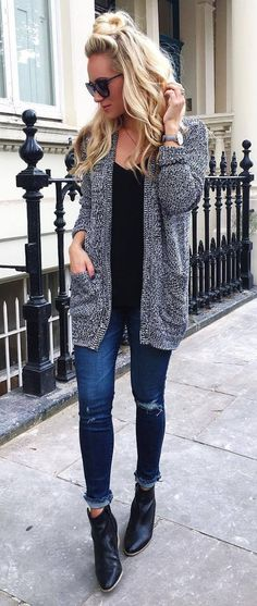 Nice 57 Casual Winter Outfits Ideas With Long Cardigans. More at http://trendwear4you.com/2018/01/04/57-casual-winter-outfits-ideas-long-cardigans/