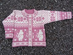 Woolen cardigan with moomin pattern by daysiknits on Etsy