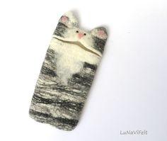 Cat iPhone 6 case. Felt iPhone case cute iPhone case by LuNaViFelt