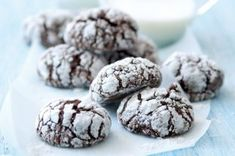 Kuřecí játrovka | Apetitonline.cz Raw Food Recipes, Sweet Recipes, Cookie Recipes, Mini Cakes, Cake Cookies, Tart, Biscuits, Food And Drink, Yummy Food