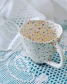For the love of Dots and Lace! New dotty coffee cup ☕ . For the love of Dots and Lace! New dotty coffee cup ☕ . Ceramic Coasters, Ceramic Pots, Ceramic Beads, Ceramic Pottery, Pottery Art, Ceramic Clay, Ceramic Coffee Cups, Painted Pottery, Slab Pottery
