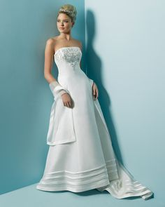 250 pounds dress Alfred Angelo