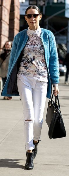 NYFW street style: white jeans and a blue jacket