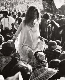 88 best images about Woodstock 1969 Woodstock, Woodstock Hippies, Woodstock Concert, Woodstock Music, Woodstock Festival, Hippie Love, Hippie Style, Trippy Hippie, Old Photos