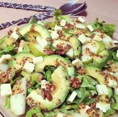 Salads should never be boring! I love combining fruits and nuts together in salads- the more nutrients the better! This salad is very easy to make and can be used as side dish to any main or add ex… Avocado Pear, Avocado Dishes, Pear Walnut Salad, Pear Salad, Raw Food Recipes, Cooking Recipes, Healthy Recipes, Healthy Food, Healthy Salads