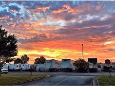 First picture from the Allegiant set! That is so pretty!
