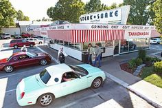 Be sure to visit the last Steak and Shake with carhop service along Historic Route 66 - only in Springfield, Missouri! Love car hops, beats drive thru anytime! Old Route 66, Route 66 Road Trip, Historic Route 66, Travel Route, Road Trips, Travel Tourism, Branson Vacation, Road Routes, Springfield Missouri
