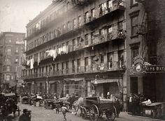 1912 Elizabeth Street. Evolución de la ciudad de Nueva York, 1912 - 1913 .