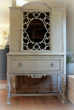 Hutch painted with Annie Sloan Country Grey, French Linen, Clear and Dark Wax.