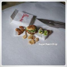 Burger/sandwich, nuggets, wraps & fries ^^ #polymerclay #miniature #miniaturefood #fastfood