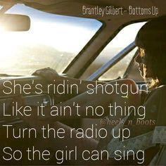 Brantley Gilbert - Bottoms Up