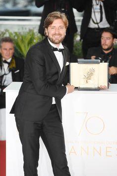 C'est l'une des surprises de la cérémonie de cloture du 70ème Festival de Cannes. Alors que beaucoup voyait le film coup de poing '120 battements par minutes' récompensé de la Palme d'Or, c'est finalement 'The Square' du réalisateur suédois Ruben Östlund. Décryptage.