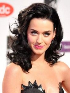 Katy Perry with black waves