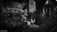 trash and wall by Pablo Garcia on 500px