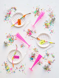 These kinds of DIY ideas are incredibly simple to make check out to get more detailed Party Decoration, Craft Party, Party Places, Colorful Party, Partys, Party Bags, Childrens Party, Animal Party, Unicorn Party