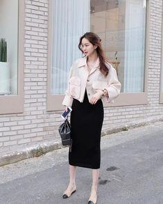 Long Skirt Fashion, Frock Fashion, Kpop Fashion Outfits, Korean Outfits, Modest Fashion, Chic Outfits, Girl Fashion, Korean Street Fashion, Korea Fashion