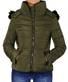 c41da3b9f053 Γυναικείο μπουφάν καπιτονέ με αποσμώμενη κουκούλα χακί L828F   χειμωνιατικαμπουφανγυναικεια Winter Jackets