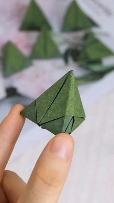 Instruções Origami, Geometric Origami, Origami And Kirigami, Paper Crafts Origami, Origami Videos, Dollar Origami, Oragami, Diy Crafts Hacks, Diy Crafts For Gifts