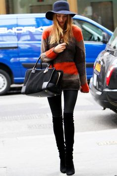 Rosie Huntington-Whiteley Edgy Winter Look : Skinnies + Cozy Oversized Sweater + High Thigh Boots