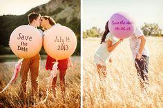 Globos gigantes para el save the date de la boda #bodas #ElBlogdeMaríaJosé #FotosBoda #DecoraciónBoda #TendenciasBoda #Wedding