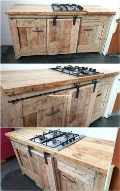 Wooden Pallet Kitchen Ideas, Pallet Kitchen Cabinets, Wooden Pallet Projects, Wooden Pallet Furniture, Wooden Kitchen, Recycled Furniture, Wooden Pallets, Wooden Diy, Cool Furniture