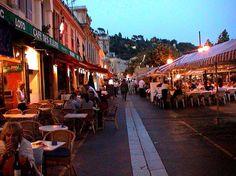 Marché aux Fleurs Cours Saleya, Nice: Se 527 anmeldelser, artikler og 486 bilder av Marché aux Fleurs Cours Saleya, rangert som nr. 12 på TripAdvisor blant 197 attraksjoner i Nice.
