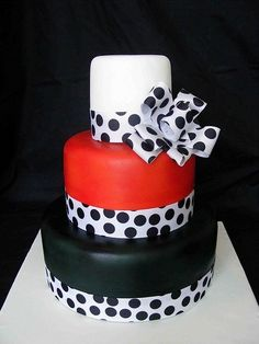 31 Beautiful Red Black And White Wedding Cakes | Wedding Cakes ...