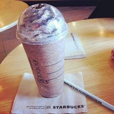 Omg... I really want some of this right now. Looks like one of my favorite seasonal coffees cookie crumble frappe