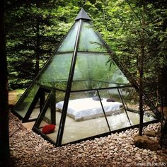 Glamping tent in form of a glass pyramide in France Future House, Design Exterior, Interior And Exterior, Room Interior, Outdoor Spaces, Outdoor Living, Outdoor Bedroom, Architecture Design, Sustainable Architecture