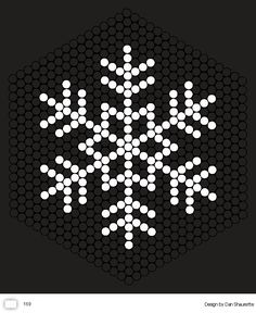Hama Beads Design, Hama Beads Patterns, Beading Patterns, Christmas Perler Beads, Beaded Christmas Ornaments, Snowflake Quilt, Snowflake Pattern, Iron Beads, Christmas Paper Crafts