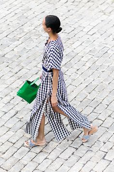 The Gingham Dress / Solid and Striped, J.Crew, Clare V., Garance Doré Gingham Skirt, Just Style, Wardrobe Basics, Classic Fashion Looks, J Crew Style, Solid And Striped, Hippie Style, Check Designs, Spring Summer Fashion