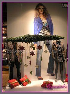 #dekoracjewitrynsklepowycj #dekoracjeświąteczne #dekoracjebożonarodzeniowe