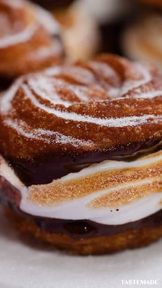 Sugar, spice, and everything nice. These were the ingredients chosen to create the perfect dessert: cinnamon churro s'mores. Fun Baking Recipes, Dessert Recipes, Cooking Recipes, Mexican Food Recipes, Sweet Recipes, Basic Butter Cookies Recipe, Biscuits Graham, Delicious Desserts, Yummy Food