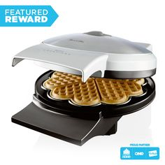 Bring the cafe to your kitchen and satisfy your sweet or savoury tooth in minutes. Use the variable heat control dial for waffles just the way you like them, and enjoy the convenience of the non-stick cooking surface for easy waffle removal and cleaning. Late Night Snacks, Waffle Iron, Buy Kitchen, Waffles, Kitchen Appliances, Eat, Cooking, Breakfast, Food