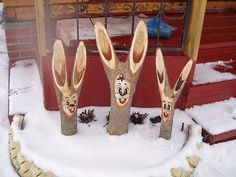 16 практичных хитростей, которые полезно знать каждому дачнику Wood Log Crafts, Wood Burning Crafts, Chip Carving, Wood Carving, Cute Crafts, Craft Stick Crafts, Love Spoons, Carved Wood Signs, Driftwood Sculpture