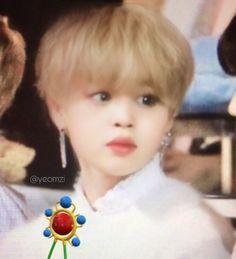 Bts Jimin, Bts Taehyung, Bts Funny Videos, Bts Memes Hilarious, Park Jimin Cute, Jimin Fanart, Cute Asian Guys, Bts Aesthetic Pictures, Blackpink And Bts