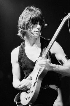 English rock guitarist Jeff Beck