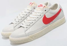 "Nike Blazer Low VNTG ""Sail / Red"" 
