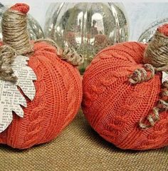 Stuffed pumpkins with sweater material!!! What a cute fall DIY project!!