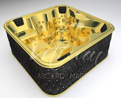 24 Gold Carat Whirlpool Bathtub http://ow.ly/9QgOn