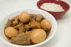 Thịt Heo Kho Trứng – (Vietnamese Braised Pork with Hard-Boiled Eggs Recipe)