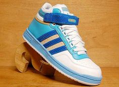 Classic A.D.I.D.A.S shoes, retro, vintage, 80's, hip hop, #adidas mens, womens, apparel, fashion, fads, trends Hip Hop Fashion, Fashion Show, Street Fashion, Adidas High Tops, Smart Girls, Trainers, High Top Sneakers, Adidas Sneakers, Kicks