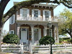 Richards DAR House - Wikipedia, the free encyclopedia